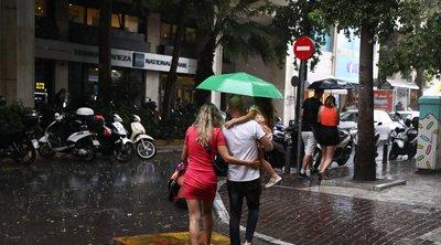 Αστατος και βροχερός ο καιρός και το Σάββατο – Ποιες περιοχές θα επηρεαστούν