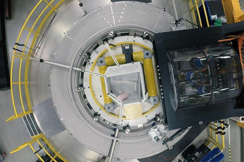 Ο πιο ισχυρός μαγνήτης του κόσμου θα κάνει το ταξίδι ΗΠΑ-Γαλλία για να εγκατασταθεί στον «Ήλιο επί της Γης»