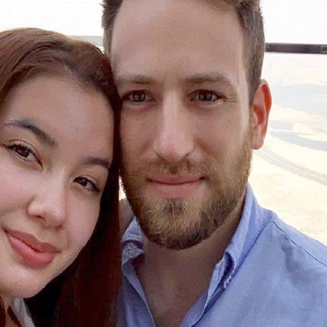 Έγκλημα στα Γλυκά Νερά: Στη ΓΑΔΑ για κατάθεση ο σύζυγος της Καρολάιν - Τι ερευνούν οι Αρχές