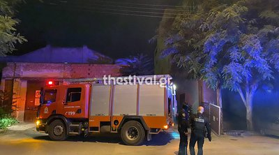Θεσσαλονίκη: Φωτιά σε έρημη αποθήκη στον παλιό Σταθμό του ΟΣΕ - Νεαρός άνδρας μεταφέρθηκε στο νοσοκομείο - ΒΙΝΤΕΟ
