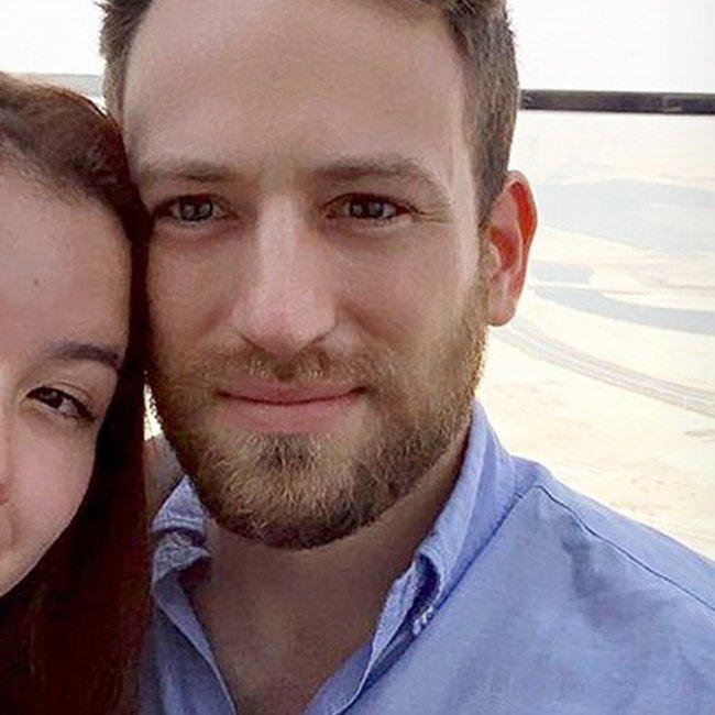 Δολοφονία της Καρολάιν: Πώς κατέρρευσε ο μύθος του αγαπημένου ζευγαριού με τον 32χρονο πιλότο