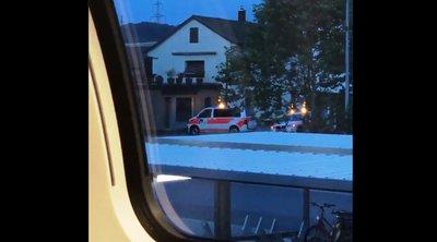 Ελβετία: Εκκενώθηκε τρένο κοντά στο Ντένικεν, έπειτα από πληροφορίες ότι οι επιβάτες ενδέχεται να κινδυνεύουν - ΒΙΝΤΕΟ