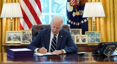 ΗΠΑ: Ο Μπάιντεν υπέγραψε την κήρυξη της 19ης Ιουνίου, που τιμά το τέλος της δουλείας, σε ομοσπονδιακή αργία