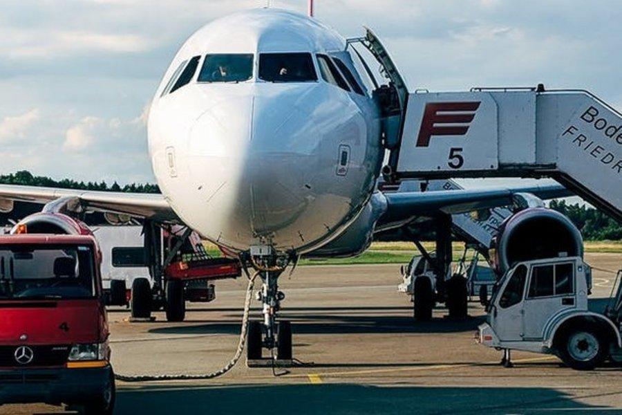 Ryanair και πολλά αεροδρόμια καταθέτουν αγωγή κατά της Βρετανίας για τους περιορισμούς