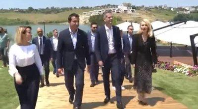 Αλβανία: Το κλειδί της πόλης των Τιράνων στον Κ. Μπακογιάννη
