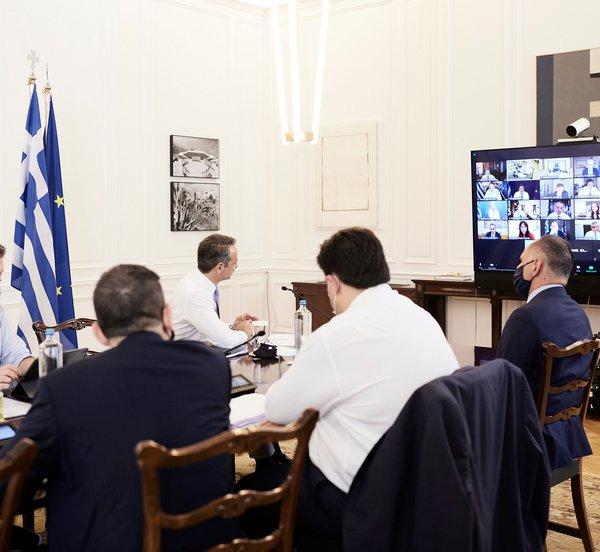Μητσοτάκης στο Υπουργικό Συμβούλιο: Τρεις κομβικές πρωτοβουλίες - Νέο σχολείο, μεταρρύθμιση του συστήματος επικουρικής ασφάλισης και αναδιοργάνωση της ΕΛ.ΑΣ