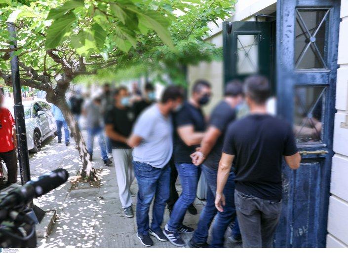 Δολοφονία στη Ζάκυνθο - Ραγδαίες εξελίξεις: Παραδόθηκε ο εφοπλιστής που φέρεται να εμπλέκεται στην υπόθεση