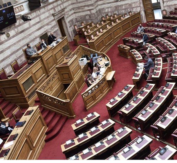 Στη Βουλή η διαρροή της δικογραφίας του εγκλήματος στα Γλυκά Νερά - Ερώτηση προς τον υπουργό Δικαιοσύνης από 31 βουλευτές του ΣΥΡΙΖΑ