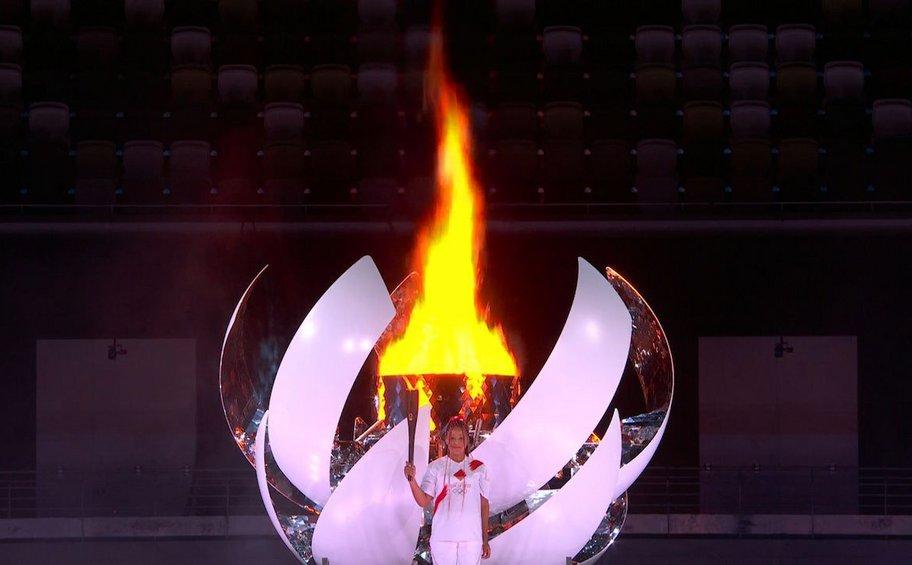 ΒΙΝΤΕΟ: Έτσι άναψε την Ολυμπιακή φλόγα η Ναόμι Οσάκα