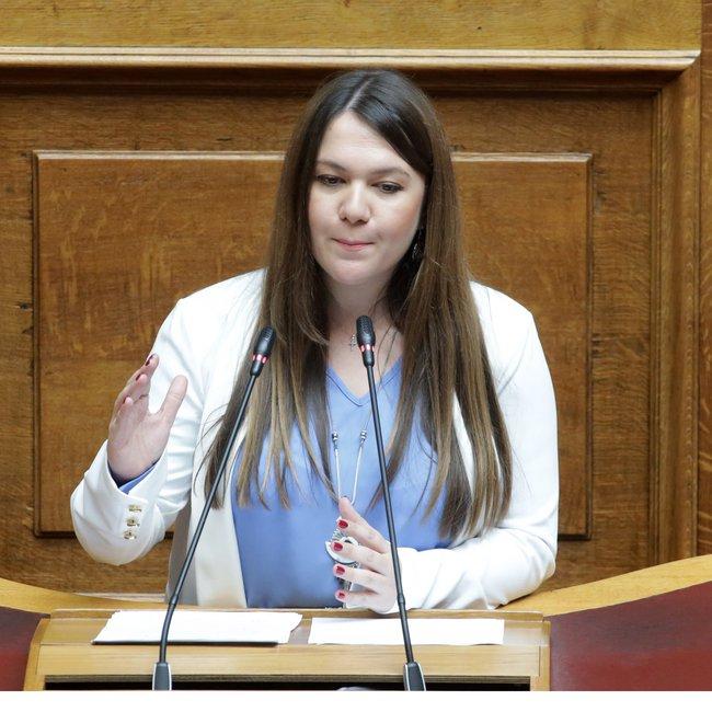 Ανεξαρτητοποιήθηκε από το ΜεΡΑ25 η βουλευτής Κωνσταντίνα Αδάμου