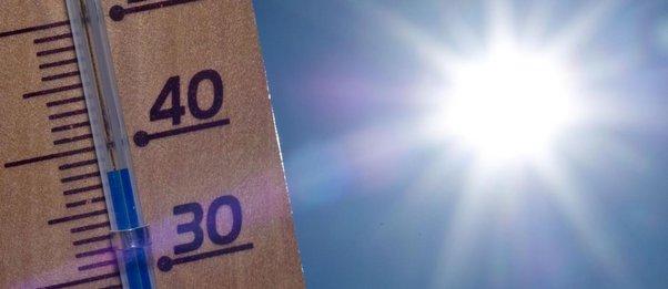 Καύσωνας-«Θηρίο»: Στους 43,3 βαθμούς ο υδράργυρος και... έρχονται 45άρια τη Δευτέρα
