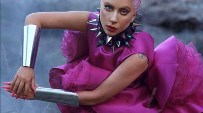 Η Lady Gaga απογείωσε τα looks της με τα sky heel stilettos της!