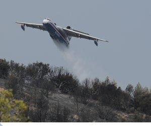 Μεγάλη φωτιά στη Ρόδο: Χωρίς ρεύμα το νησί - Στις φλόγες Αγρίνιο και Σουφλί, εκκενώθηκαν οικισμοί