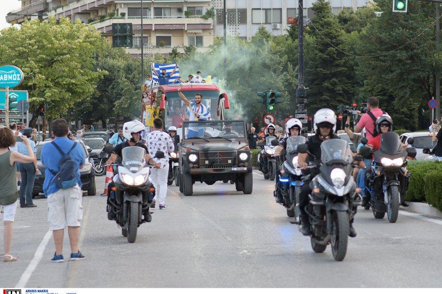 Υποδοχή ήρωα για τον Ντούσκο στη γενέτειρα του στα Ιωάννινα - Τι είπε ο χρυσός Ολυμπιονίκης - ΒΙΝΤΕΟ