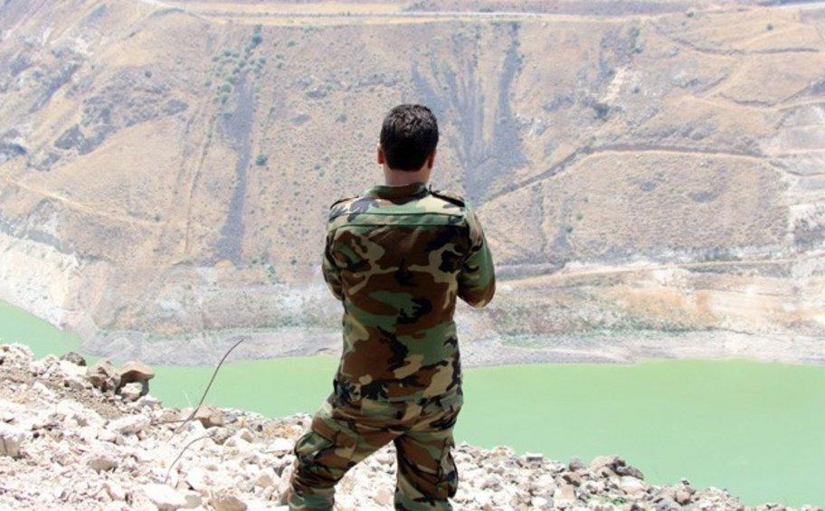 Ο συριακός στρατός κλιμακώνει την επίθεση κατά των ανταρτών στη Ντεράα