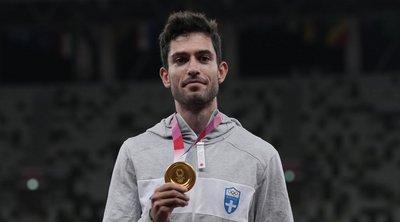 Τεντόγλου: Αποθεώθηκε από την ελληνική αποστολή στο Ολυμπιακό Χωριό - ΒΙΝΤΕΟ
