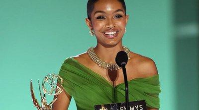 Εσείς παρατηρήσατε αυτή την υπέροχη λεπτομέρεια στο μανικιούρ της Yara Shahidi στα Emmys;