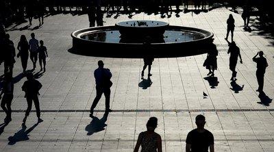 ΕΛΣΤΑΤ: Ο μέσος Έλληνας δεν μπορεί να καλύψει βασικές ανάγκες ύψους 395 ευρώ