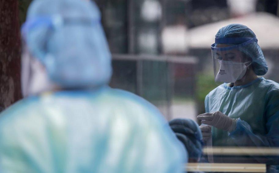 Κορωνοϊός: 2.125 νέα κρούσματα, 31 θάνατοι, 331 διασωληνωμένοι - Ο «χάρτης» της διασποράς