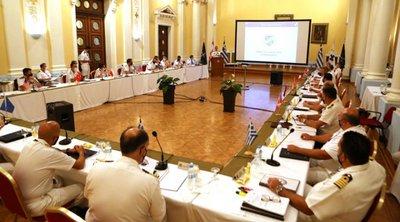Επίσκεψη διοικητή υποβρυχίων του ΝΑΤΟ στο ΓΕΝ και στο Αρχηγείο Στόλου στον ναύσταθμο Σαλαμίνας