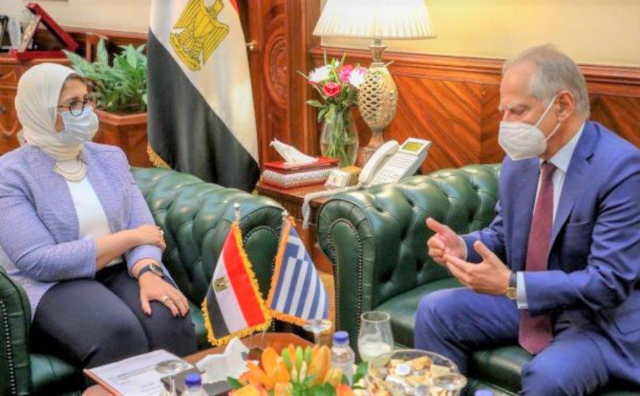 Αίγυπτος: Ευχαριστίες στην Ελλάδα για την αποστολή 250.000 δόσεων εμβολίου AstraZeneca