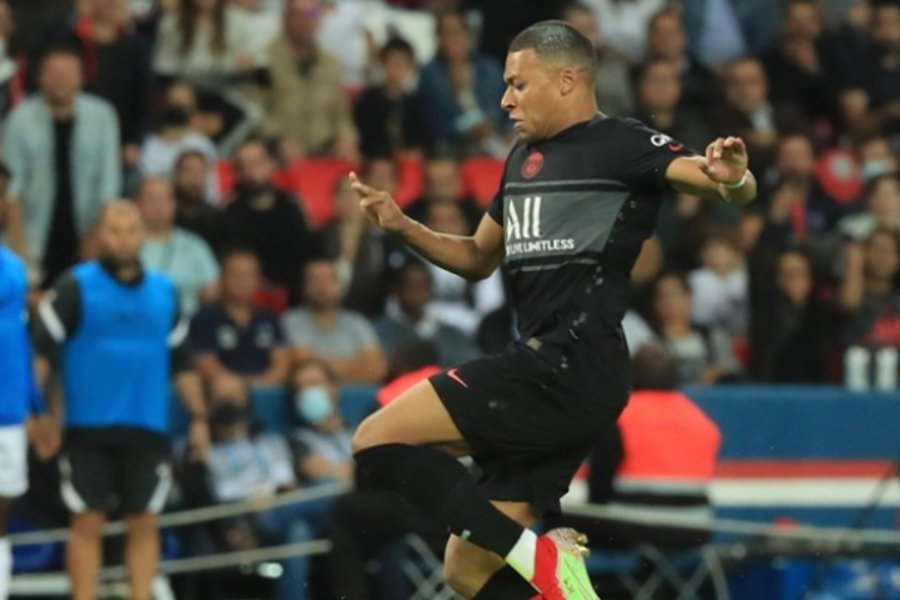 Χωρίς αντίπαλο στη Ligue 1 η Παρί Σεν Ζερμέν