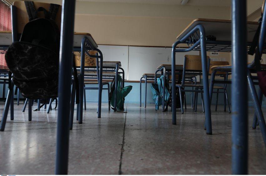 Συναγερμός για τα κρούσματα στα σχολεία!