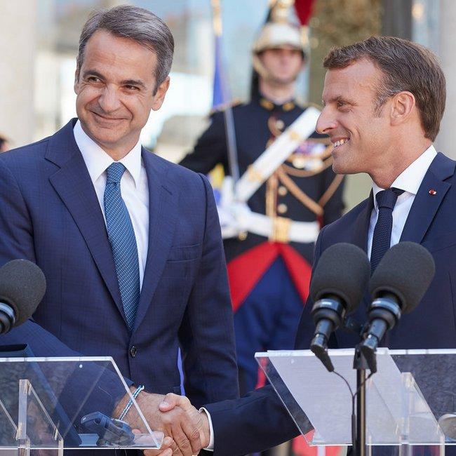 «Κλείδωσαν» οι γαλλικές φρεγάτες