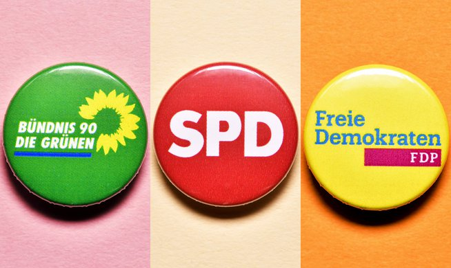 Γερμανία: Πρόωρες οι συζητήσεις για κατανομή υπουργείων, δηλώνουν SPD, Πράσινοι και FDP