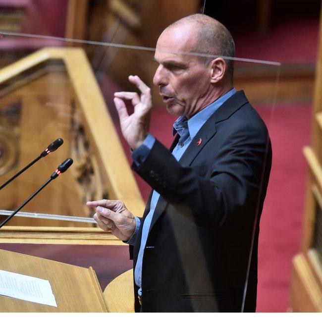 Βαρουφάκης: Η «Μητσοτάκης ΑΕ» ανέθεσε στην χειρότερη υπουργό Παιδείας όλων των εποχών τη διάλυση των μορφωτικών αξιών στα σχολεία