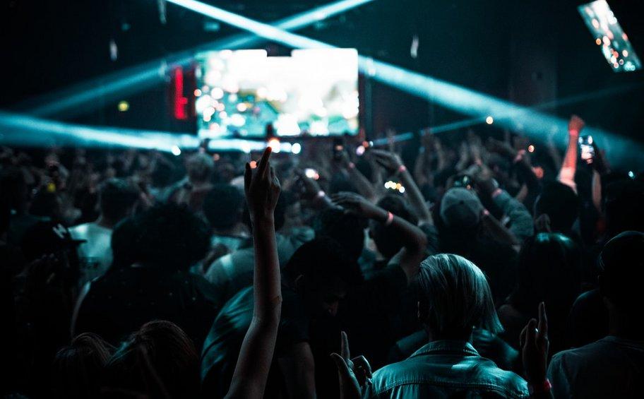 «Βελόνες βιασμού» σε night club της Μ. Βρετανίας