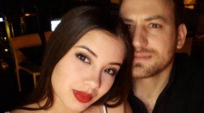Γλυκά Νερά: «Σε παρακαλώ να βρεθούμε» -Η επικοινωνία του πιλότου με τρίτο πρόσωπο πριν τη δολοφονία της Καρολάιν - Βίντεο