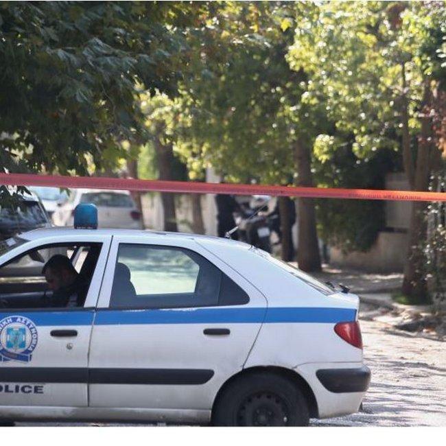 Πυροβολισμοί στην Κηφισιά: Νεκρός ο ένας τραυματίας - «Μου έχετε κάνει μάγια» φώναζε ο δράστης