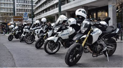 Aιματηρή καταδίωξη στο Πέραμα: Tα τρία ερωτήματα στα οποία θα κληθούν να απαντήσουν οι αστυνομικοί - Βίντεο